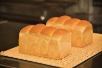 明日の食パン神戸三宮店