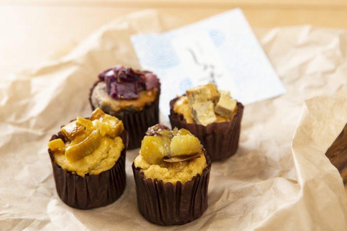 ▲「高級芋菓子 しみず 大阪新町店」の「和スイートポテト」は多い時で8種用意される。
